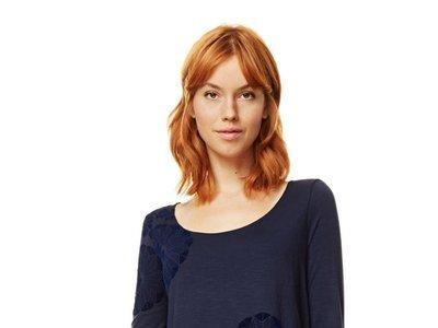 Por sólo 26,96 euros tenemos la  camiseta Sami de Desigual en color azul en Amazon