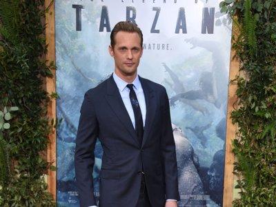 Alexander Skarsgard, el nuevo Tarzán, no tiene problemas por cambiar el taparrabos por un buen traje