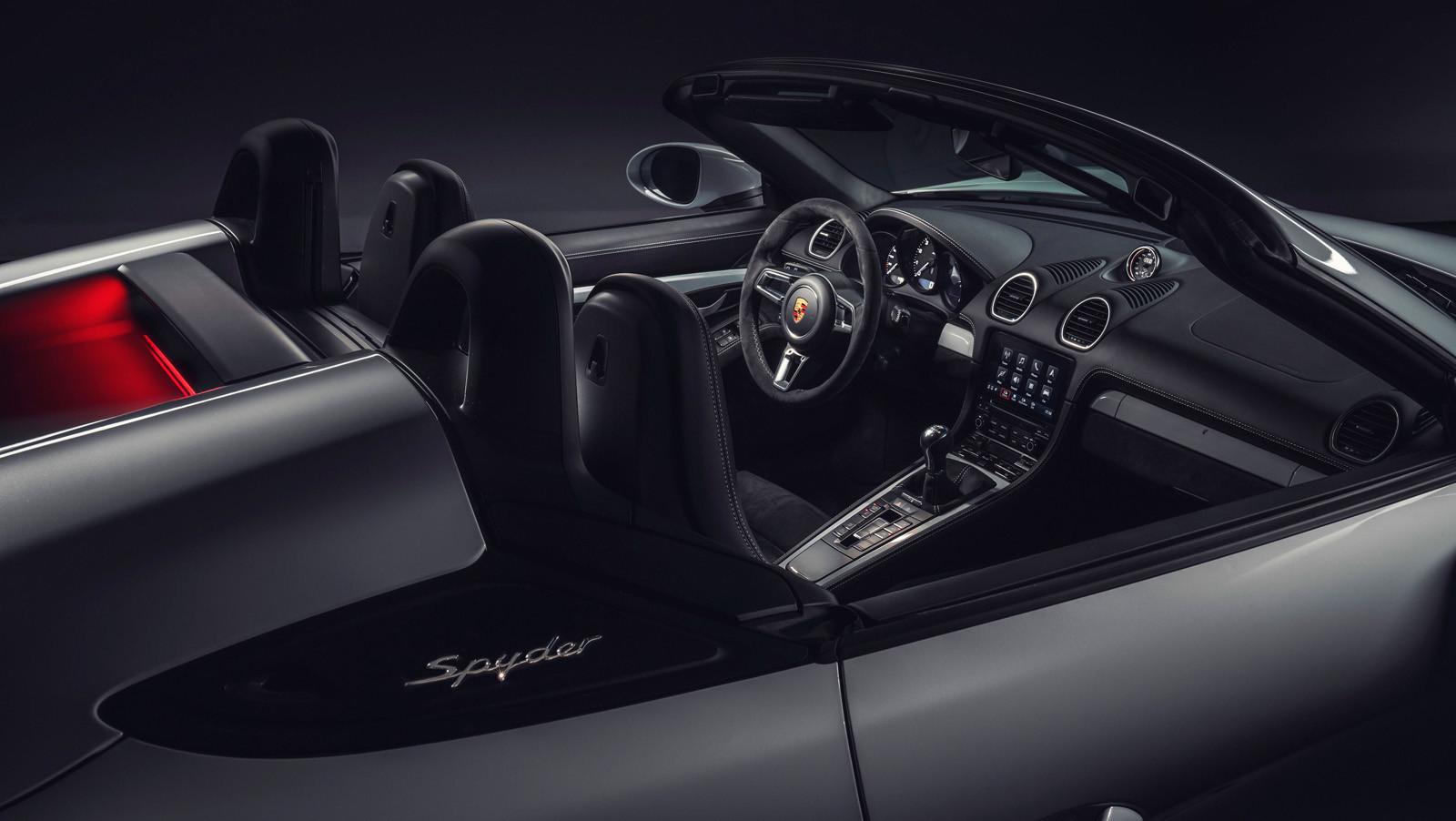 Foto de Porsche 718 Cayman GT4 y Porsche 718 Spyder (14/16)