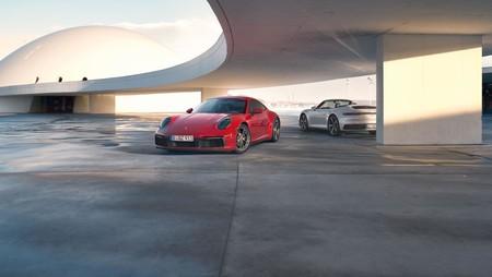 La familia Porsche 911 crece con la llegada de los nuevos Carrera 4 y Carrera 4 Cabriolet