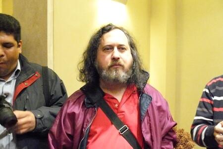 Richard Stallman anuncia su retorno a la directiva de la FSF tras sus polémicas declaraciones de 2019 sobre el Caso Epstein