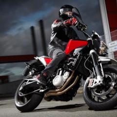 Foto 14 de 111 de la galería husqvarna-nuda-900-y-900r-datos-y-fotos-oficiales en Motorpasion Moto