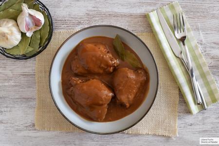 Pollo en adobo filipino: la sorprendente receta tradicional de Filipinas con la que te chuparás los dedos