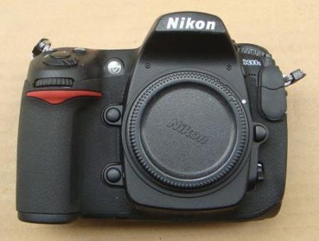 La Nikon D300s está prácticamente confirmada