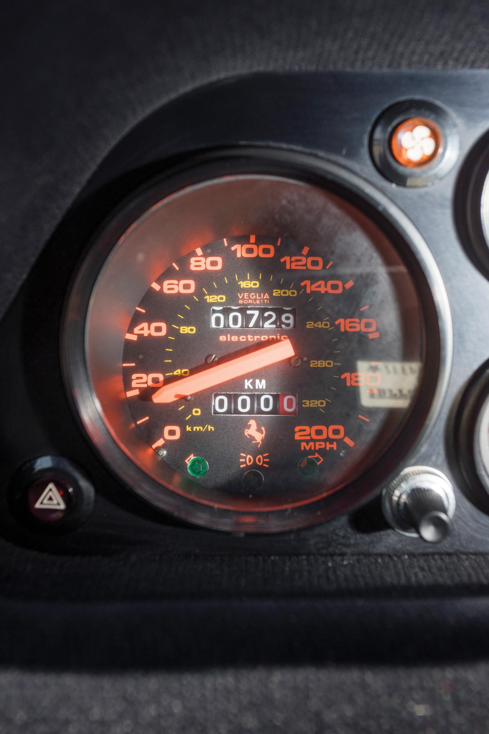 Foto de Ferrari 288 GTO en venta (10/16)