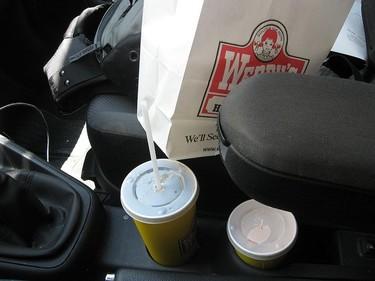 Lugares poco indicados para comer si lo que queremos es bajar de peso
