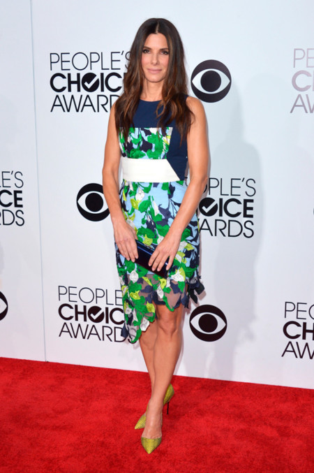Peoples Choice Awards 2014 tendencias en vestidos de fiesta Sandra Bullock Peter Pilotto