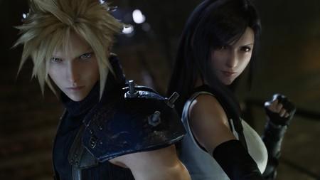 El momento en el que Cloud se disfraza de mujer volverá en Final Fantasy VII Remake junto con novedades en los combates y los diálogos