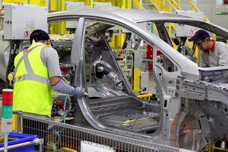 México cambia de opinión (por tercera vez): la producción de autos sí se reanudará el lunes 18 de mayo