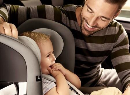 La sillita para el coche que permite viajar seguro a contramarcha a tu bebé está rebajadísima en Amazon