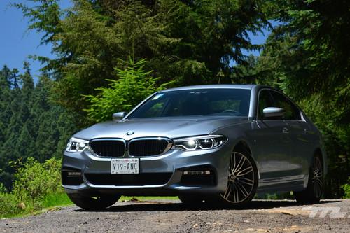 BMW 540i, a prueba: el sedán que se controla casi por telepatía