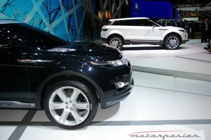 Land Rover LRX, ahora en negro en el salón de Ginebra