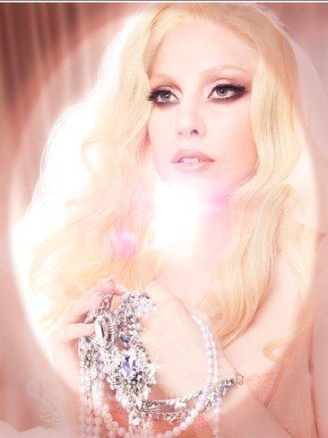 ¿Quién eres tú y qué has hecho con Lady Gaga?
