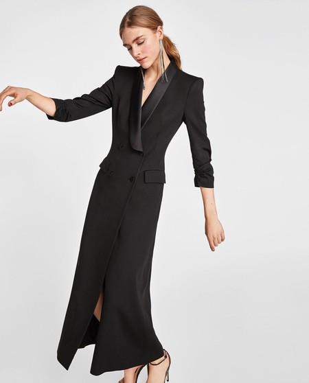 Precio al por mayor 2019 más tarde más popular Estos son los tres vestidos de Zara que se vieron en los ...