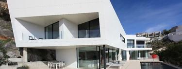 ¿Sabías que los edificios generan el 28% de las emisiones de carbono? Claves para un hogar más sostenible este verano