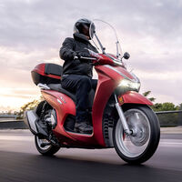 La Honda SH350i se renueva completamente: 29 CV, nueva imagen e instrumentación 100% digital