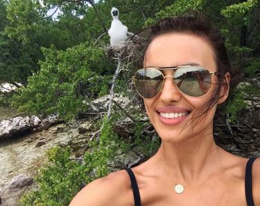Irina Shayk y Paula Echevarría de vacaciones: envidia de la buena