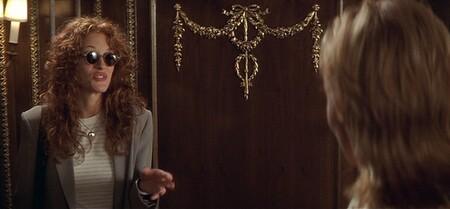 """Siete looks que demuestran que Julia Roberts en """"La boda de mi mejor amigo"""" fue una auténtica visionaria (y podrían inspirarte hoy)"""