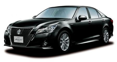 Toyota lanza el nuevo Crown híbrido, en exclusiva para Japón