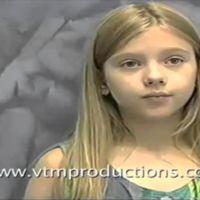 Mini Scarlett Johansson haciendo el casting de 'Jumanji'