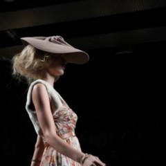 Foto 21 de 126 de la galería alma-aguilar-en-la-cibeles-madrid-fashion-week-otono-invierno-20112012 en Trendencias