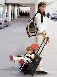 Ride-On Carry-On: una silla para niños en la maleta