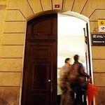 La Biblioteca de La Rioja condonará retrasos a cambio de comida
