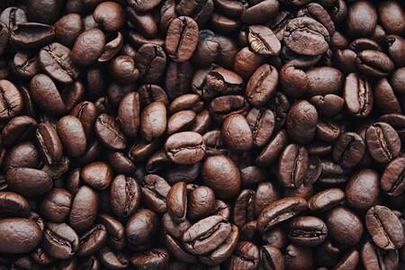 Beber café por la mañana puede prevenir fallas cardíacas