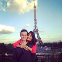 ¿Tres años de casados ya Almudena Cid y Christian Gálvez? ¡Pues a celebrarlo a París!
