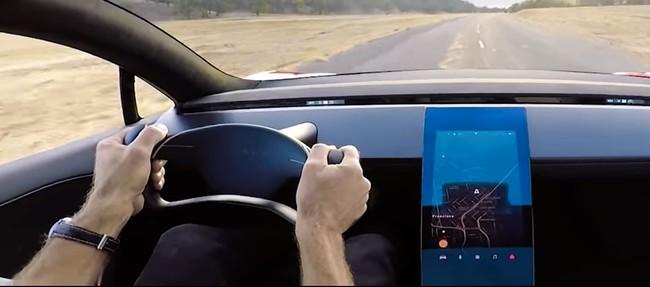Tesla insinúa en un nuevo vídeo lo que podría ser el interior del nuevo Roadster y ¿el Model Y?