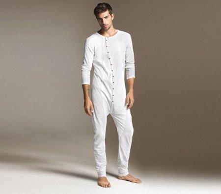 Pijama de una sola pieza de Zara