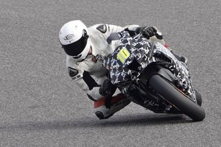 ¡Pillada! La nueva Honda CBR1000RR Fireblade ha sido vista en Japón, y sí, también tiene alerones