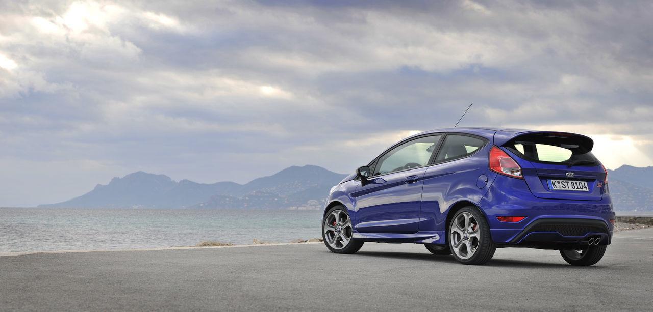 Foto de Ford Fiesta ST 2013 en Francia (12/50)