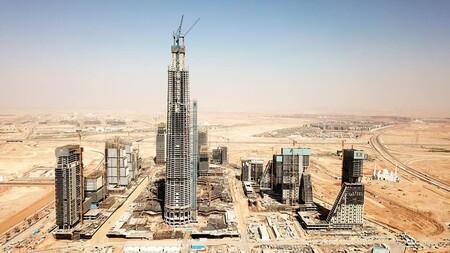 Iconic Tower construcción