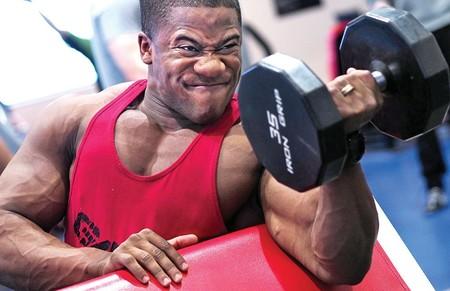 Rutina de entrenamiento de seis días para entrenar todo tu cuerpo en el gimnasio