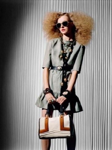 Uterqüe, lookbook y campaña Primavera-Verano 2011: los estilismos más sofisticados de Inditex