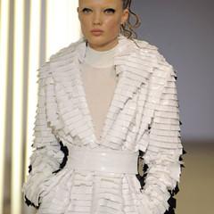 Foto 18 de 28 de la galería gareth-pugh-en-la-semana-de-la-moda-de-paris-primavera-verano-2009 en Trendencias