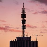 """""""Las puertas traseras serán más difíciles de detectar"""": la Unión Europea alerta en su informe de los graves riesgos del 5G"""