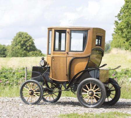 Woods Queen Victoria Brougham: un eléctrico que cuesta lo que un Tesla Model S, pero tiene 110 años
