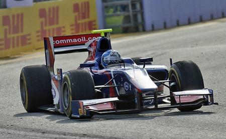 La GP2 se decidirá en la última ronda tras victorias de Jolyon Palmer y Sam Bird en Singapur
