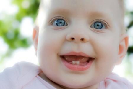Salida de los dientes: cómo aliviar las molestias de la dentición