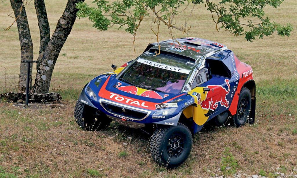 El museo Peugeot saca a subasta el 2008 DKR16 ganador del Dakar, el DS 3 WRC de Sébastien Loeb...y alguna rareza difícil de colocar