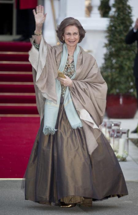 Los 10 mejores looks de los 39 años de reinado de Doña Sofía