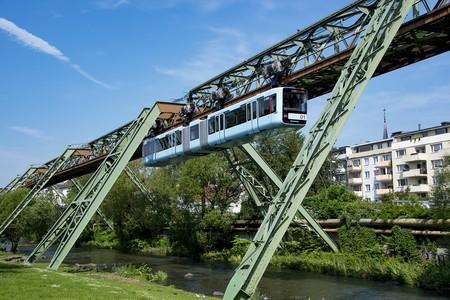 Schwebebahn de Wuppertal, el tren monorriel colgante más antiguo del mundo