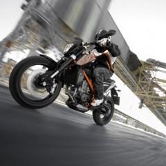 Foto 14 de 29 de la galería ktm-690-duke-reinventada-18-anos-despues en Motorpasion Moto