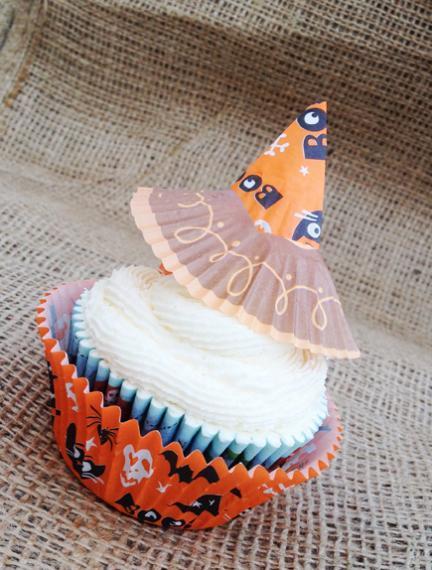 Manualidades de Halloween: gorritos de bruja para cupcakes