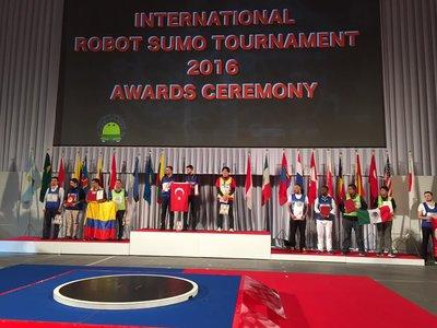 Estudiantes del IPN conquistan bronce en All Japan Robot Sumo Tournament