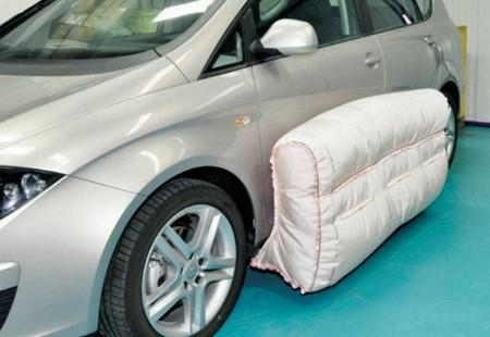 Airbags externos y pantógrafos para autobuses. Regreso a Motorpasión Futuro