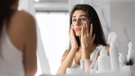 Mujer Cansada Espejo