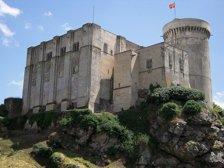 1024px Falaise Chateau Guillaume Conquerant 2